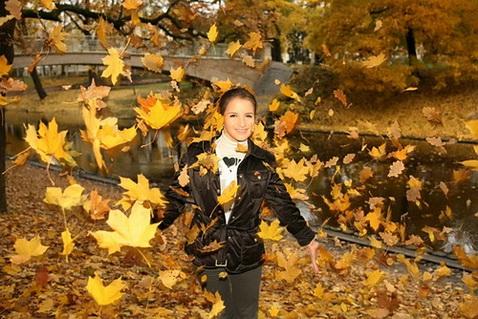 идеи для фото на улице осенью